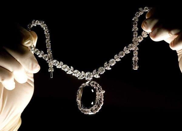 старинный алмаз