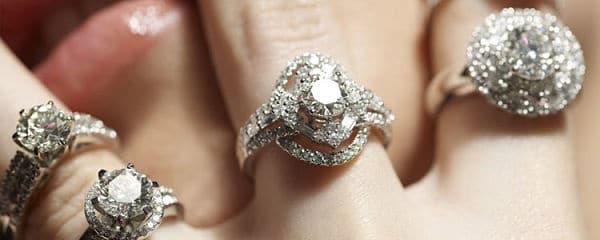 украшения с алмазами