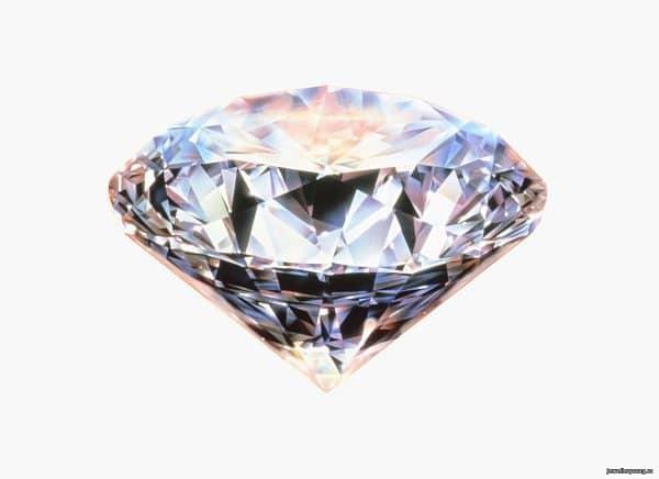 красивый бриллиант