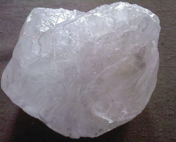 камень квасцовый