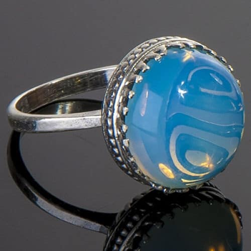 камни голубого цвета